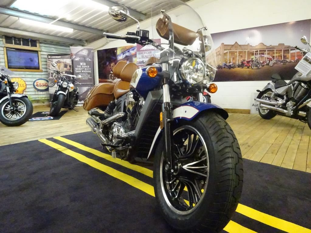 tour deluxe indian scout1