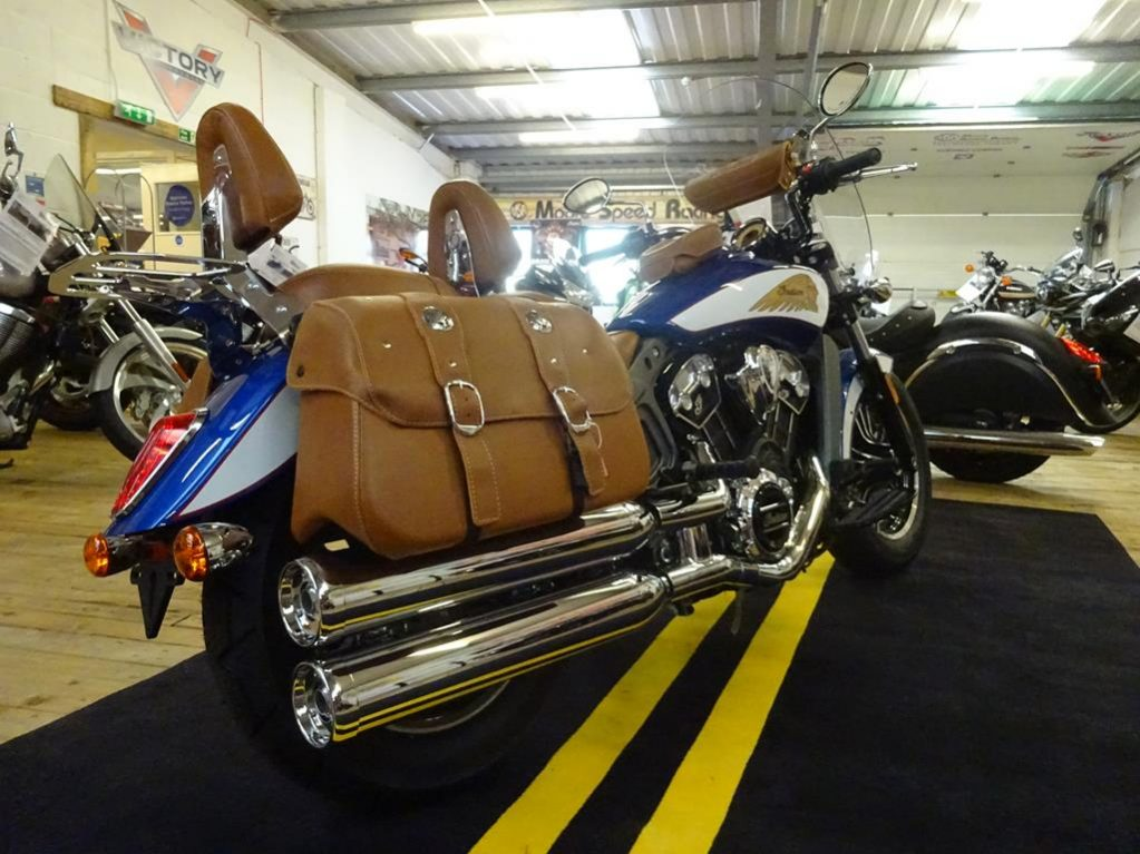 tour deluxe indian scout6