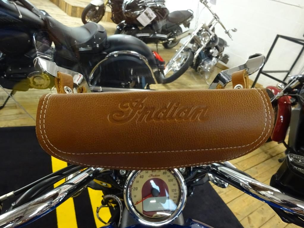 tour deluxe indian scout7