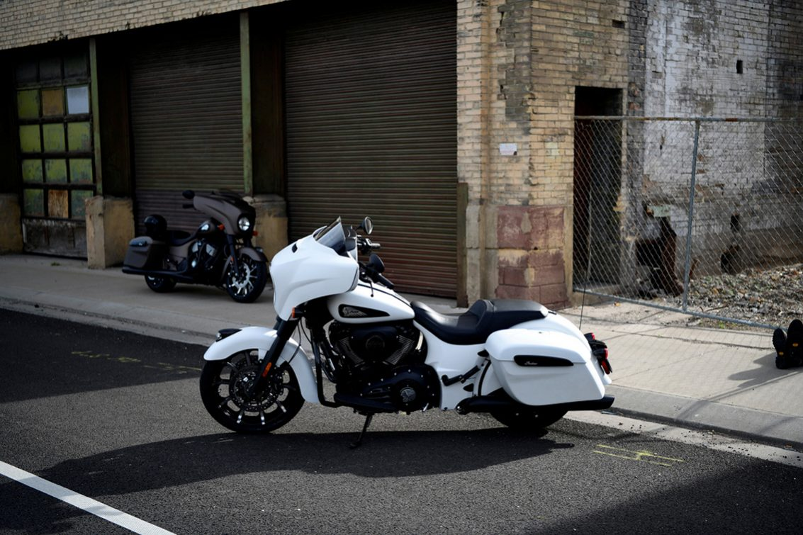 2019 Indian Chieftain darkhorse1