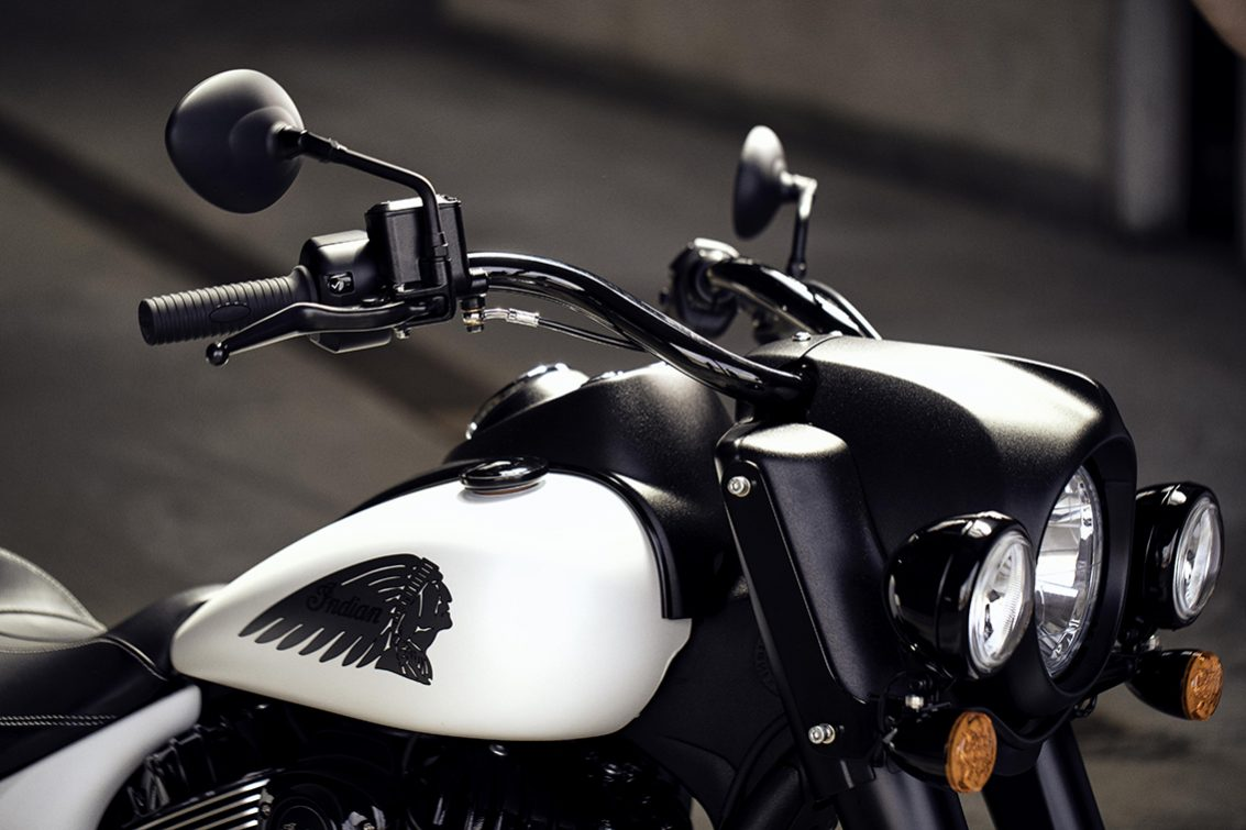 2019 Indian Springfield Dark Horse2
