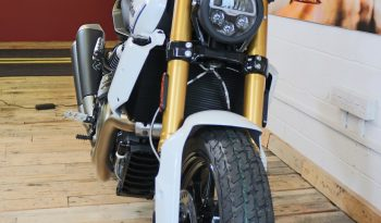 Indian FTR1200S Pearl White Special full