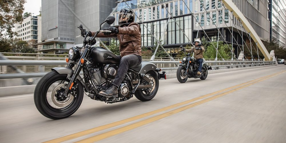 2022-indian-chief-bobber-dark-horse-3